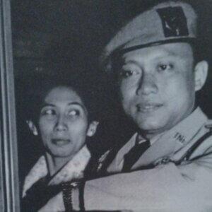 Tentang Sarwo Edhie Wibowo dan A. Yani
