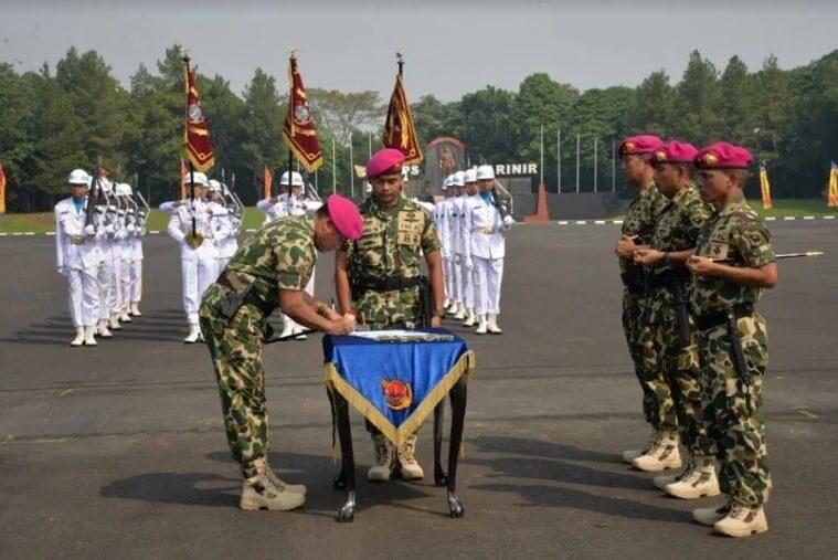 Diresmikannya Pasukan Marinir 3